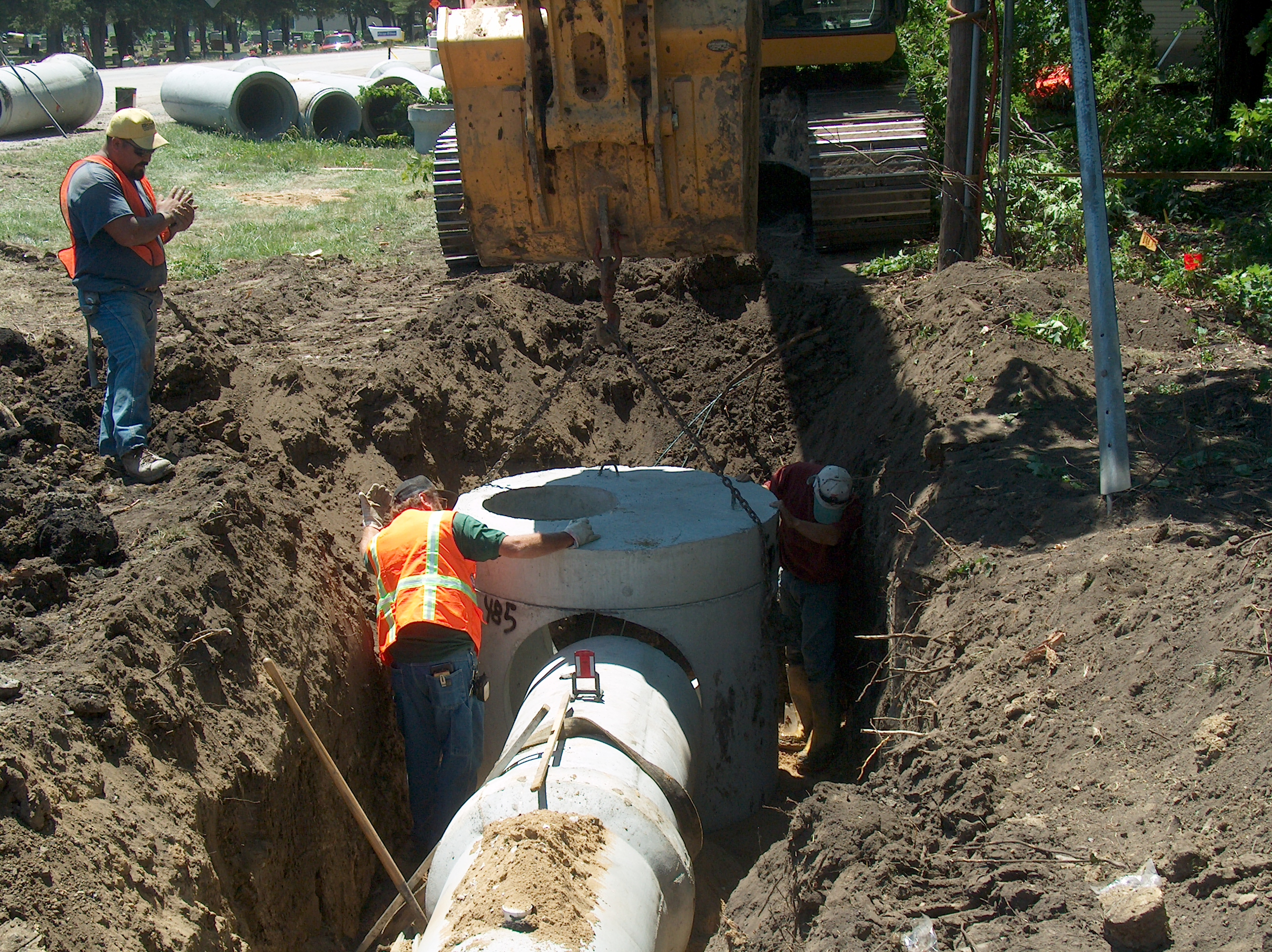 Sewer rehab contractor
